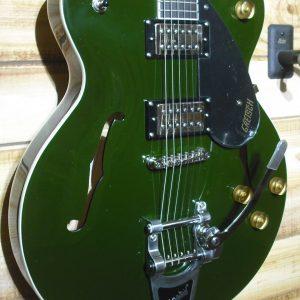 Gretsch® Streamliner G2622T Center Block Electric Guitar Torino Green Bigsby